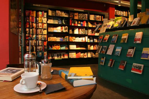 Librer as donde tomarse un caf en madrid shmadrid for Libreria puerta del sol
