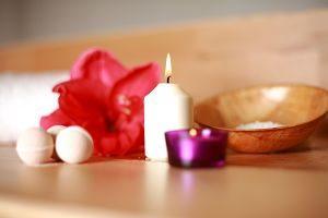 Imagen de velas y sales de baño