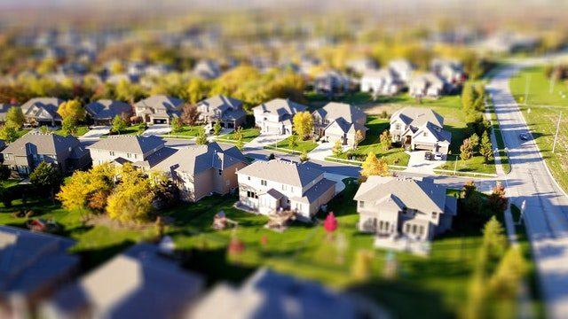 foto panorámica de un barrio de casas