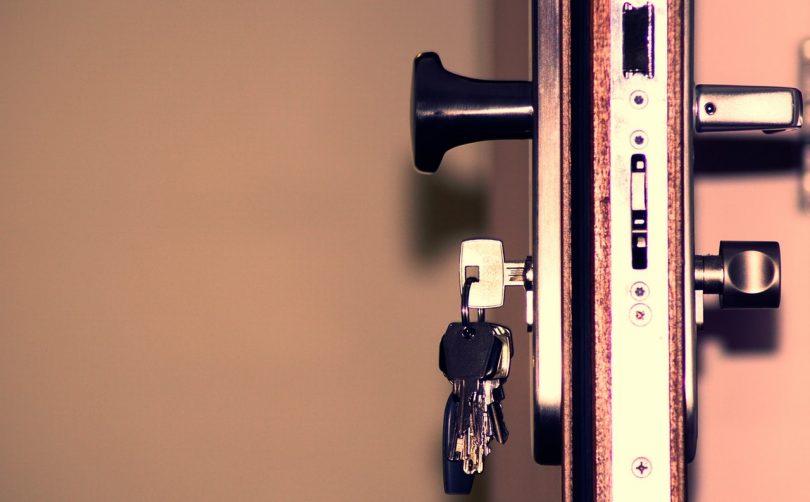 medidas de seguridad en el hogar para evitar robos